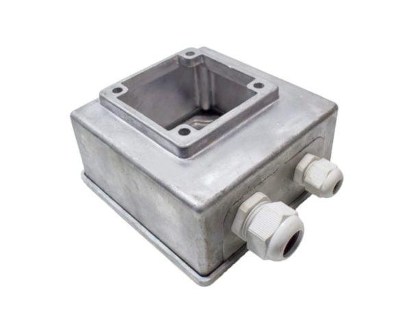 Монтажная коробка для электрического двигателя