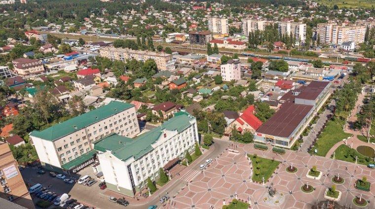 Фасадные люльки компании «MID – SERVICE»  в городе Ирпень